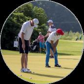 """Rok: 2019 - Ludzie biznesu grają w golfa z """"PB"""""""